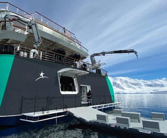 Sylvia Earle ship