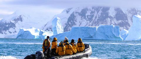 Fly & Cruise Antarctica