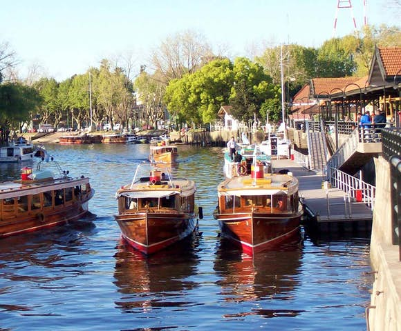3 boats in a tour of San Isidro & Tigre districts in Buenos Aires province, Argentina