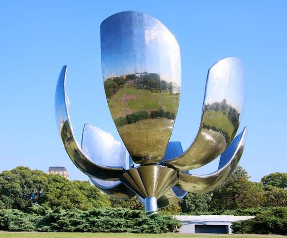 Flora generica sculpture, Buenos Aires, Argentina