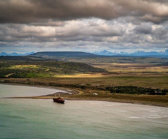 Desdemona shipwreck, Tierra del Fuego, Patagonia